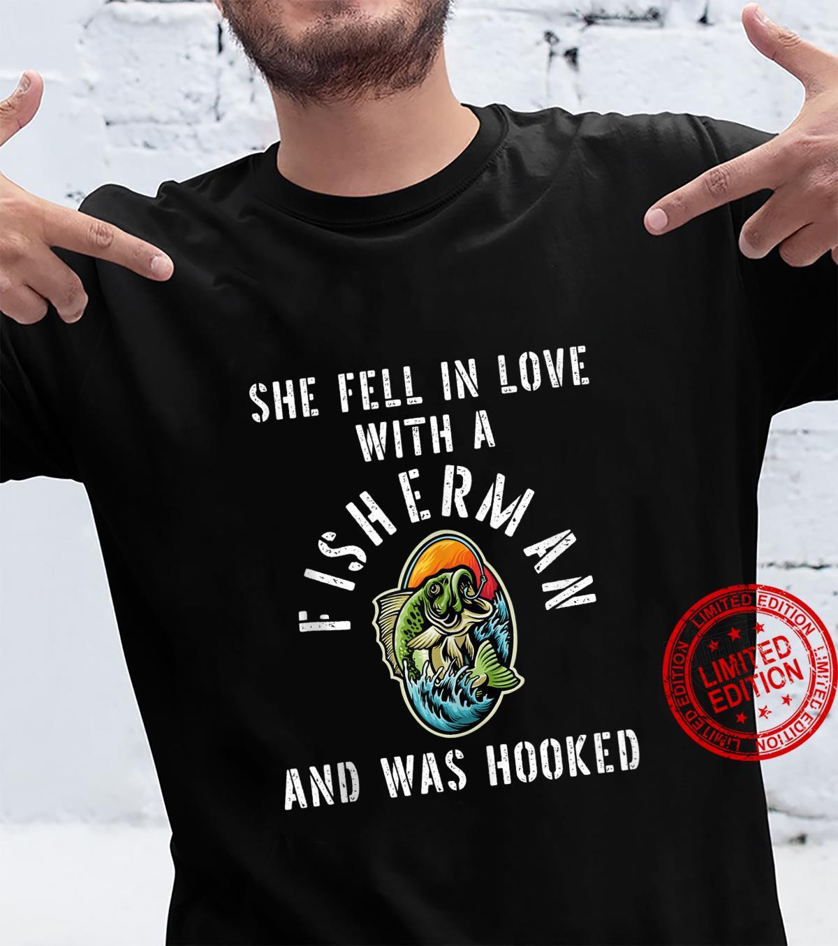 Fisherman Wife Fishermen Girlfriend Pun Sayings Quote Shirt
